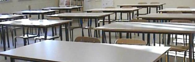 Mantova: ricorrono contro abuso precariato, insegnanti esclusi dai contratti
