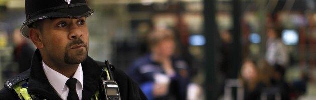 """Londra 2012, Observer: """"A Heathrow lasciati entrare sospetti terroristi"""""""
