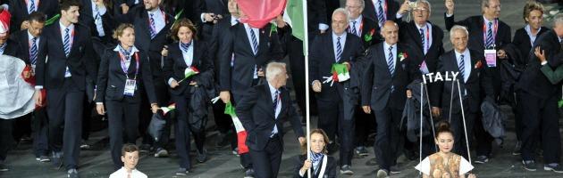 Londra 2012, inaugurate le Olimpiadi. Show da 32 milioni tra storia e ironia