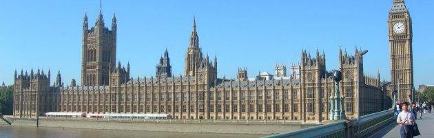 Inghilterra, è caos sugli affitti dei parlamentari pagati dai contribuenti