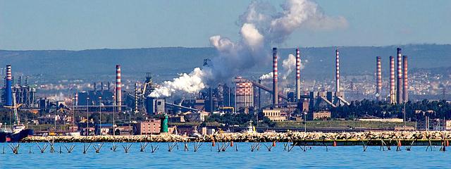 Cozze amare: e se il futuro di Taranto andasse buttato a mare?