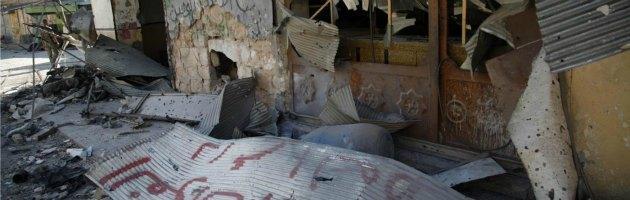 Siria, iniziata la controffensiva di terra. Sarkozy invoca azione internazionale