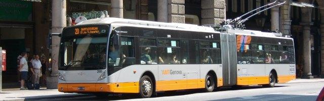 Genova a caccia di compratori per l'azienda dei trasporti, 500 posti a rischio
