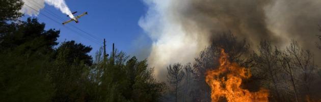 Incendi, operaio morto ad Avellino: preso il presunto responsabile del rogo