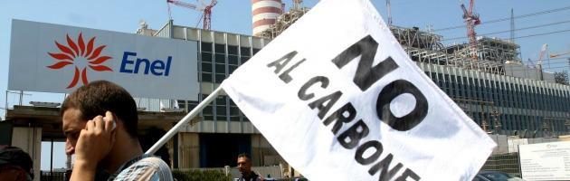 Brindisi, polveri disperse dalla centrale Enel: la Provincia vuole 500 milioni