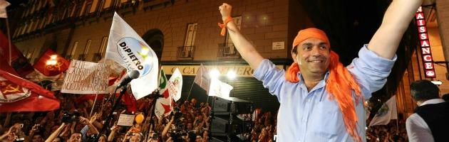 Napoli, il sindaco de Magistris abbandona il progetto della Lista Arancione. Per ora
