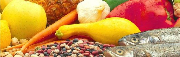 """Salute, Nature: """"Dieta ipocalorica fa bene ma non allunga la vita"""""""