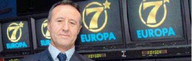 """Tv, risarcimento a Europa 7: """"grazie"""" a Berlusconi pagano i cittadini"""