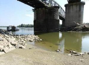 Emergenza caldo: fiume Po in secca a livelli record