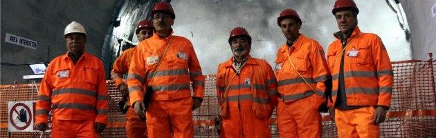 """Sulcis, 80 operai occupano la miniera di carbone. """"Andiamo avanti a oltranza"""""""