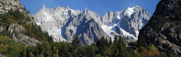Montagna, tre scalatori del soccorso alpino precipitano nel bellunese