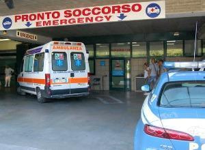 Perde il lavoro, operaio si dà fuoco davanti a Montecitorio