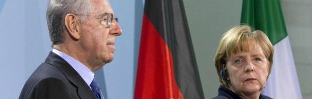 """Elezioni 2013, Merkel tira la volata a Monti: """"Difende con durezza l'Italia"""""""