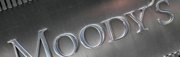 Moody's taglia il rating al Regno Unito: Londra perde la tripla A, sarà Aa1