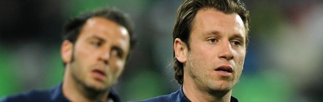 Scambio Pazzini- Cassano: senza soldi, il calciomercato italiano torna al baratto