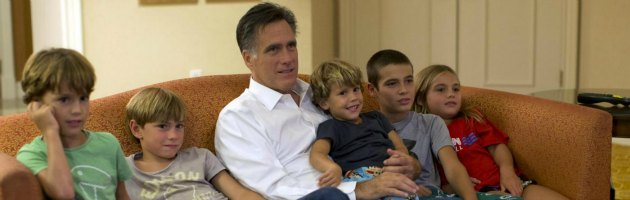 """Usa, Romney candidato ufficiale anti-Obama: """"Aiuterò voi e le vostre famiglie"""""""