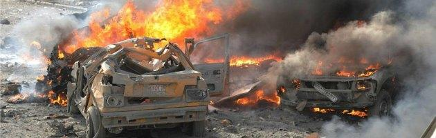 Siria, ieri un altro giornata di violenza. Disperso da sette giorni reporter Usa