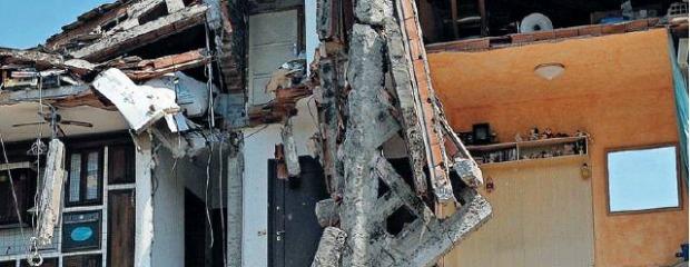 Terremoto, propaganda Formigoni: toglie il ticket anche ai non terremotati