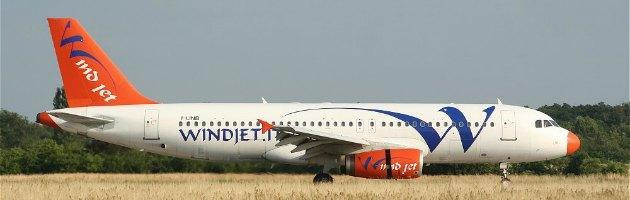 Fallisce trattativa tra Wind Jet e Alitalia. Voli cancellati, a rischio 500 lavoratori