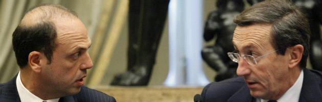 """Fini: """"Lista civica per Monti"""". Alfano: """"Sia rimosso dalla presidenza della Camera"""""""