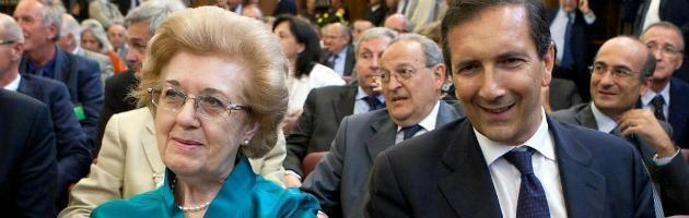 """Rai, il Cda raccomanda: """"Niente politici in televisione durante le Feste"""""""