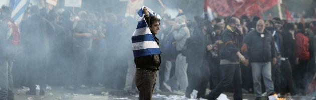 Scontri Parlamento Atene