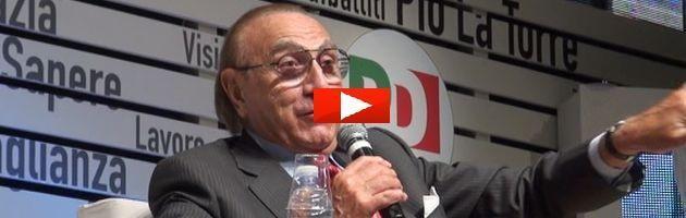 """Pippo Baudo: """"Grillo? Un populista, ma il Pd ascolti i giovani 5 Stelle"""""""