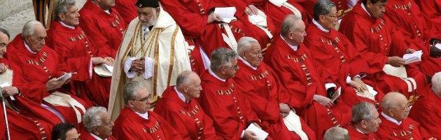 """Imu sui beni della Chiesa, il governo corregge la legge: """"Si paga dal 2013"""""""