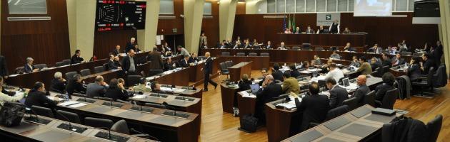 """Spese dei gruppi consiliari in Lombardia: """"Non mostriamo le fatture. Cazzi nostri"""""""