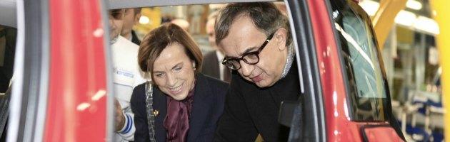 Fiat: ora la Fornero ha fretta, ma attende davanti al telefono