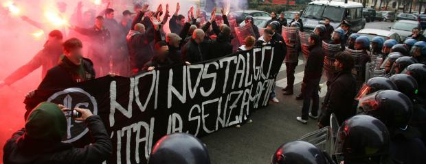 """Ravenna, Forza nuova choc: attiva un """"numero nero"""" contro gli immigrati"""