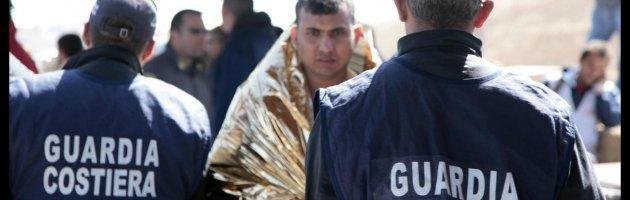 """Naufragio Lampedusa, Guardia Costiera: """"Le ricerche non si fermano"""""""