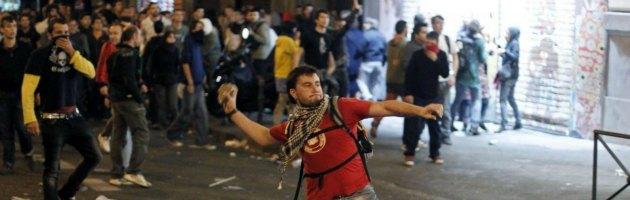Indignados in rivolta a Madrid contro l'austerity: 64 feriti e 28 arresti