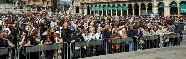 Martini, una folla silenziosa in Duomo saluta e ringrazia il vescovo del dialogo
