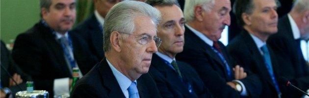 """Monti: """"Troppi scontri, l'Ue rischia. Vertice a Roma sul futuro dell'Europa"""""""