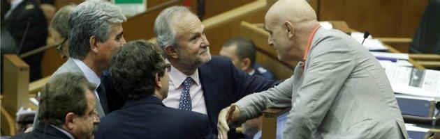 """Pdl Lazio, il Pd: """"Dimissioni in blocco"""". Bagnasco: """"Sprechi vergognosi"""""""