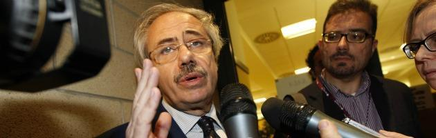 Lombardo, l'ex governatore imputato ci ripensa: 'Ritiro? No, mi candido al Senato'