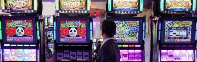 Sanità, dietrofront del governo sulle distanze minime delle slot machine