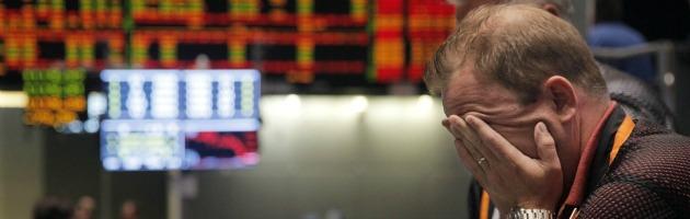 L'Egitto spaventa le Borse: giù tutta Europa, Petrolio schizza a 100 dollari