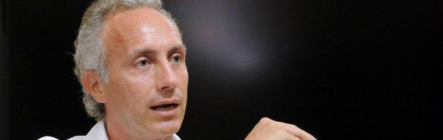 """""""Anestesia totale"""": lo spettacolo di Marco Travaglio sbarca in Europa"""