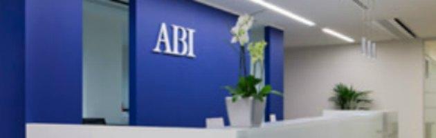 Banche, i sindacati lanciano l'allarme: in arrivo fino a 35mila esuberi