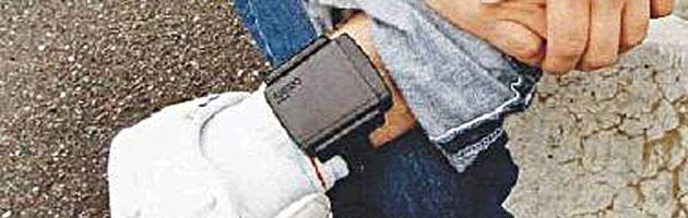 braccialetto elettronico detenuti