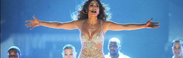 Pienone ma non sold out, Jennifer Lopez strega l'Unipol Arena (gallery)
