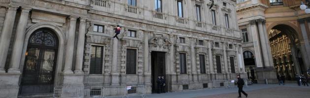 Milano, tangenti per i finanziamenti delle case vacanza del Comune: 4 arresti