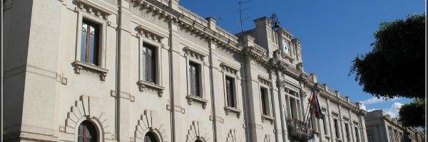 Reggio Calabria, 'ndrangheta: 8 arresti. C'è anche il direttore dell'azienda dei rifiuti