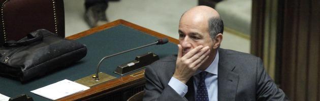 "Crisi, Passera: ""Merkel pessimista. Niente cinesi per il ponte sullo stretto"""