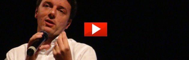 """Renzi contrattacca: """"Con chi investe alle Cayman si deve parlare"""" (video)"""