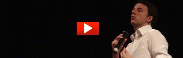 Pd: Renzi chiude il suo tour in Emilia, tra tifo da stadio e scivoloni (video)