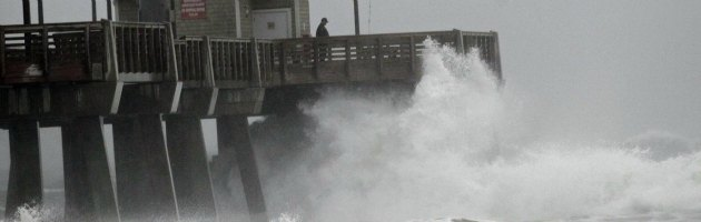 New York, 375mila persone evacuate e scuole chiuse per l'uragano Sandy