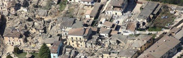 """Grandi rischi, la scienza non c'entra. I sismologi """"condannati"""" dalla politica"""